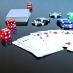 Testa spela blackjack eller slots online